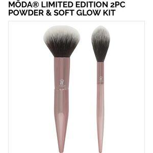MODA Powder Brush Kit